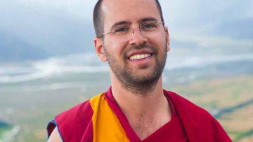Guru Puja Commentary - Lama Michel Rinpoche AHMC